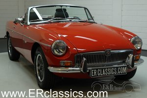 MG B cabriolet V8 1977 Restored, 5-speed gearbox
