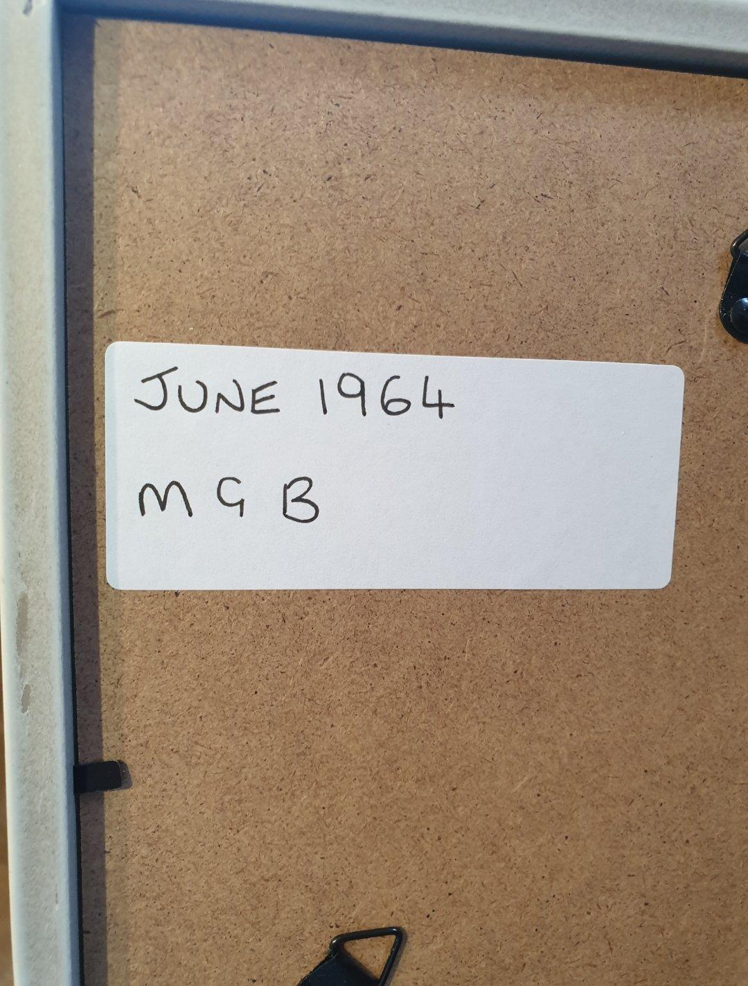 1964 MGB Framed Advert Original  For Sale (picture 2 of 2)