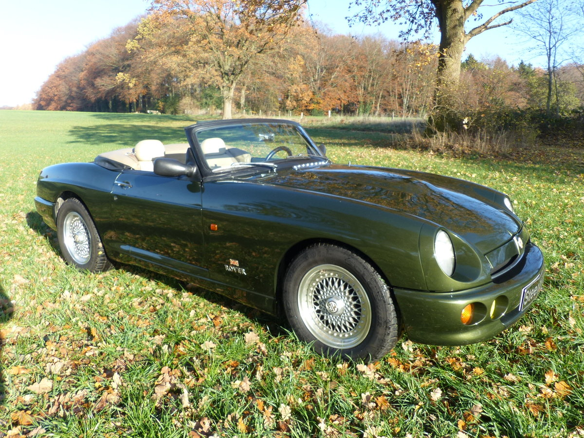 1995 MG RV8 - One of only 15 LHD For Sale (picture 5 of 6)