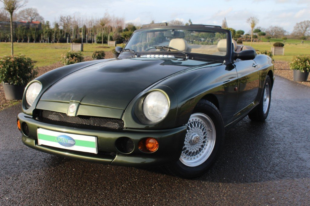 1995 MG RV8, 23500 MILES RECORDED For Sale (picture 2 of 6)