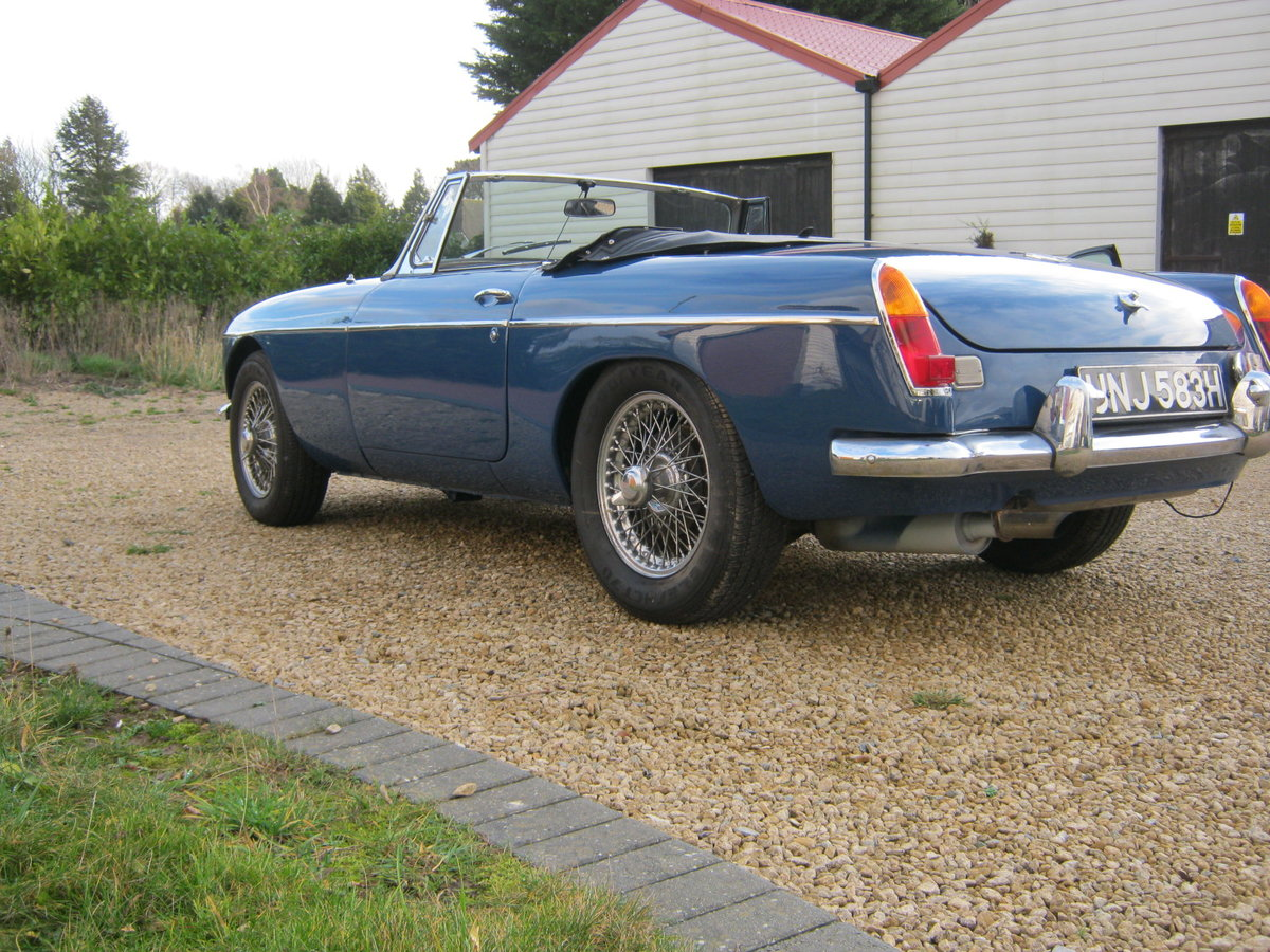 1969 MGC ROADSTER. RECENTLY RESTORED. OSELLI ENGINE MINERAL For Sale (picture 3 of 6)