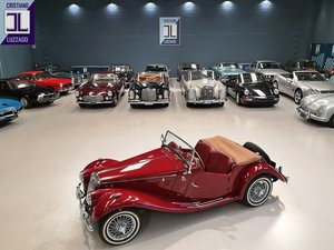 1954  TOTALLY RESTORED MG TF 1250  For Sale