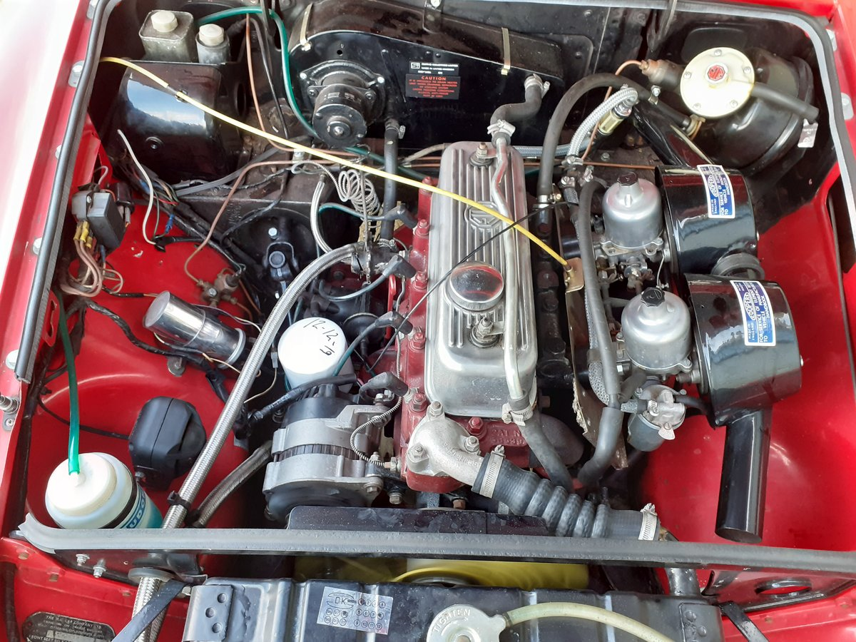 1969 MG MGB GT SOLD (picture 6 of 6)