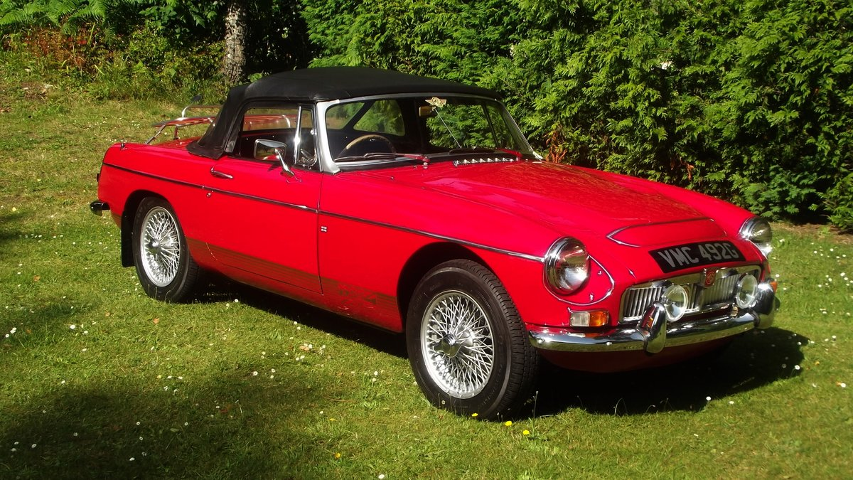 1968 MG C AUTOMATIC Sports roadster SOLD (picture 1 of 6)