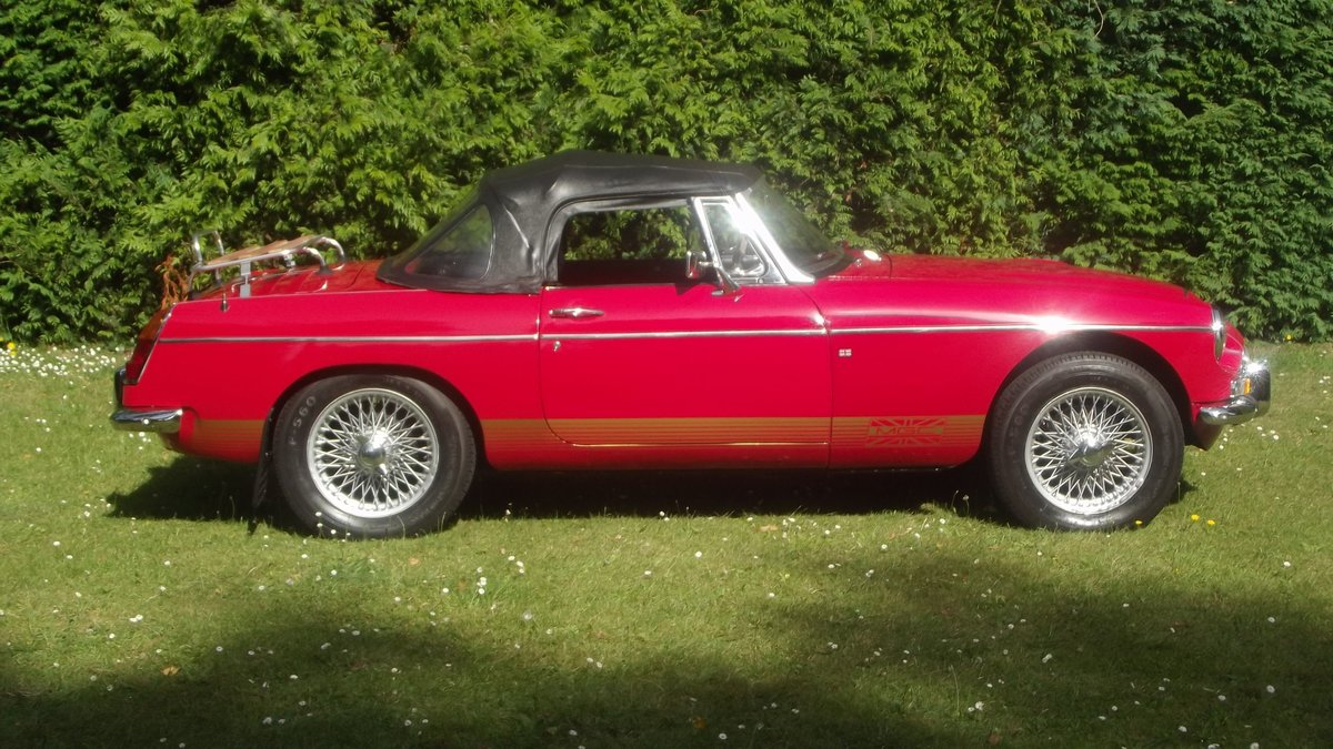 1968 MG C AUTOMATIC Sports roadster SOLD (picture 2 of 6)