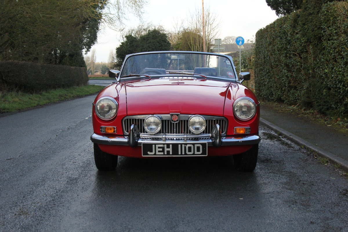 1966 MG B Roadster, Stage 2, 2.0 Spec, Beautiful Throughout For Sale (picture 2 of 20)
