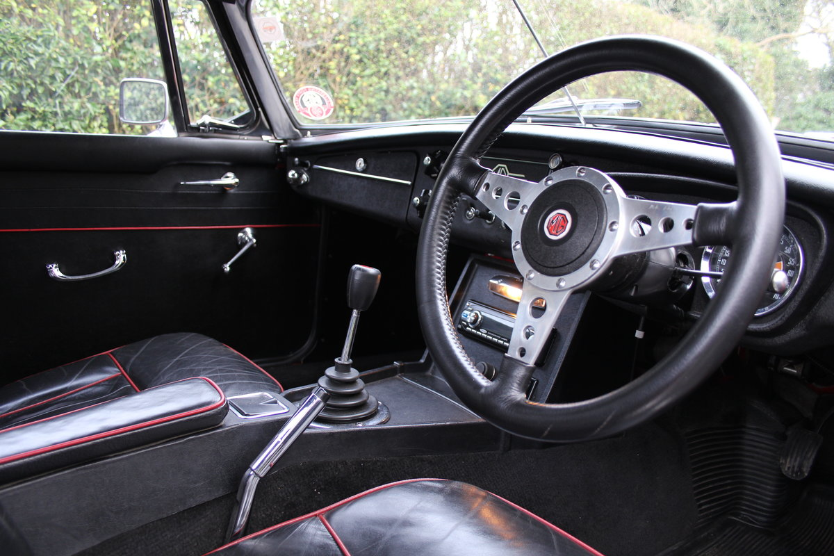 1966 MG B Roadster, Stage 2, 2.0 Spec, Beautiful Throughout For Sale (picture 7 of 20)