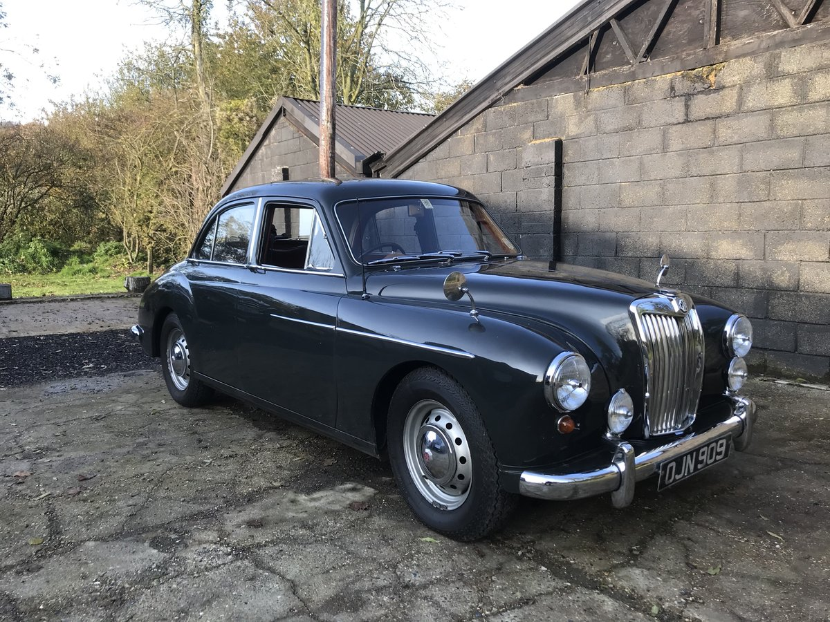 1958 MG Magnette ZB - 1.8 engine & 5 speed gearbox SOLD (picture 10 of 17)