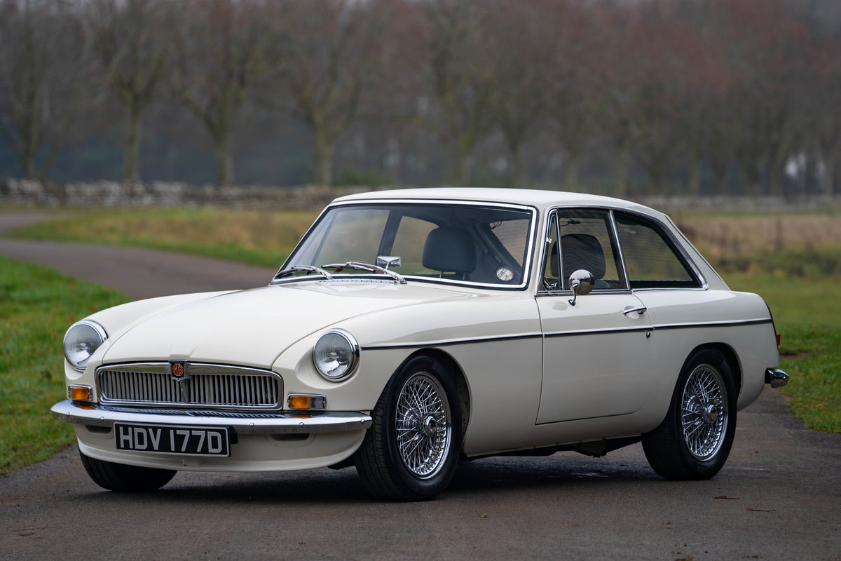 MG LE50 By Frontline 1966 SOLD (picture 1 of 6)