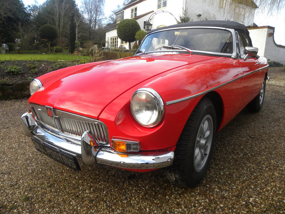 1971 MGB ROADSTER.HERITAGE BODYSHELL For Sale (picture 1 of 6)