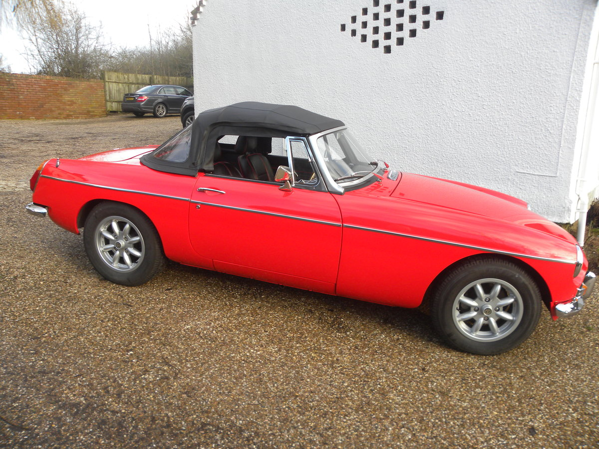 1971 MGB ROADSTER.HERITAGE BODYSHELL For Sale (picture 2 of 6)