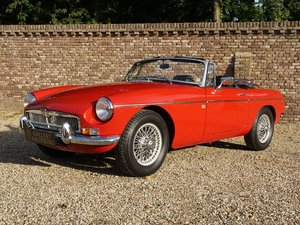 1971 MG B Roadster fully restored, top condition, original LHD For Sale