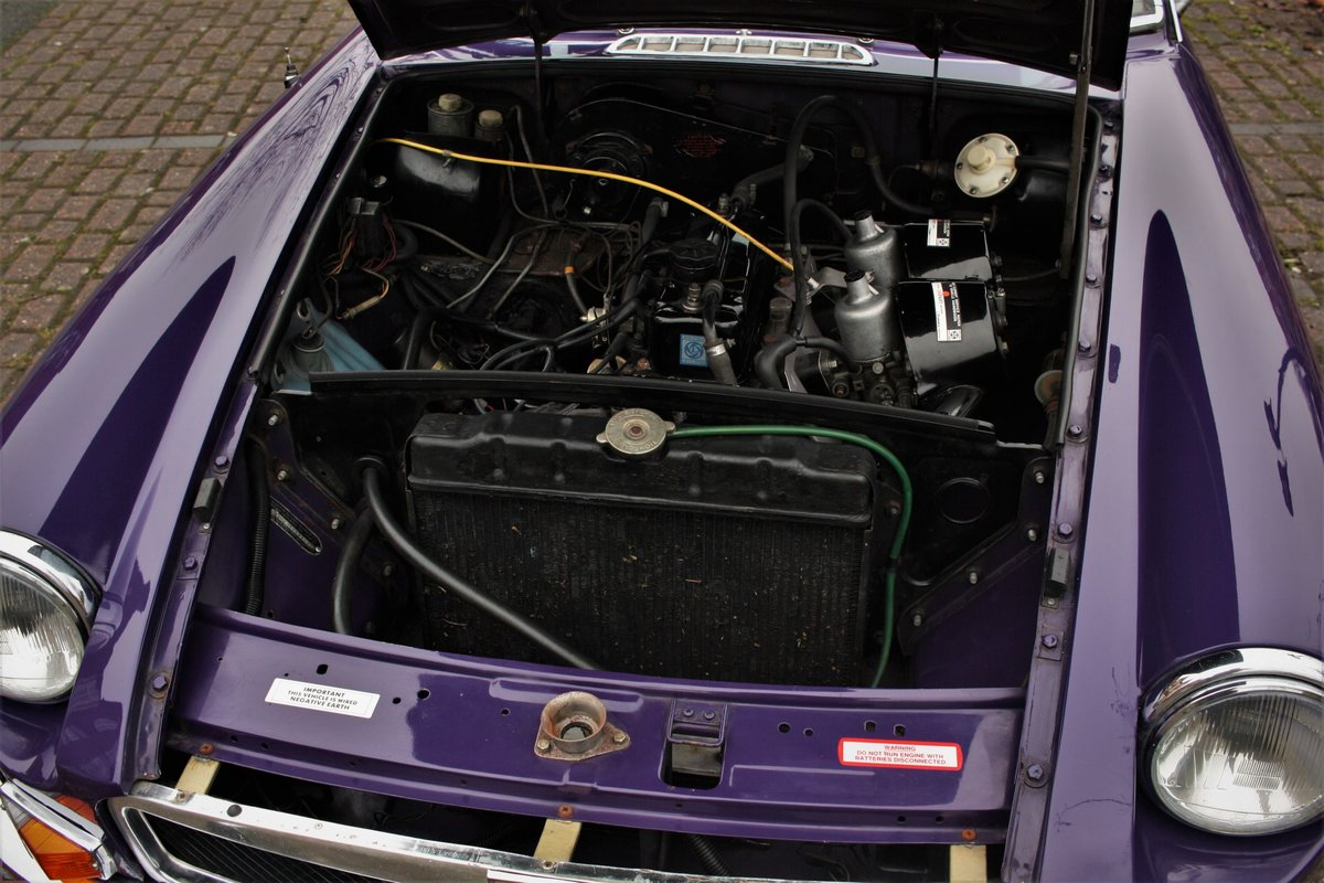1974 MGB GT - Aconite - Chrome bumper, Wires MGBGT MG BGT SOLD (picture 4 of 6)