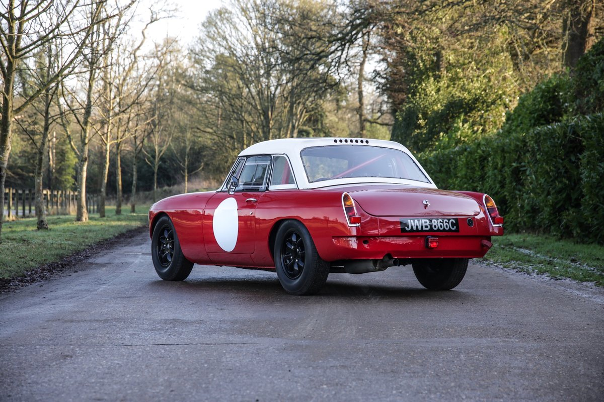 1965 MGB Roadster 'FIA - Appendix K' Race Car For Sale (picture 2 of 11)
