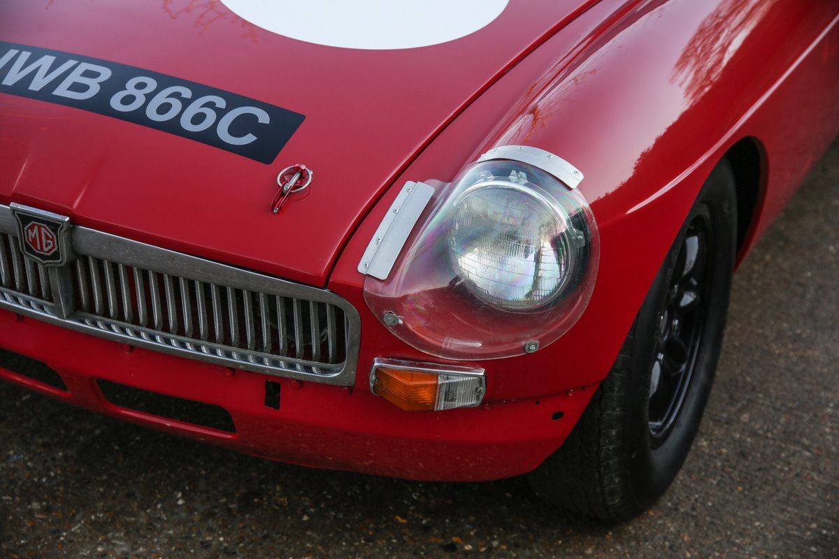 1965 MGB Roadster 'FIA - Appendix K' Race Car For Sale (picture 11 of 11)