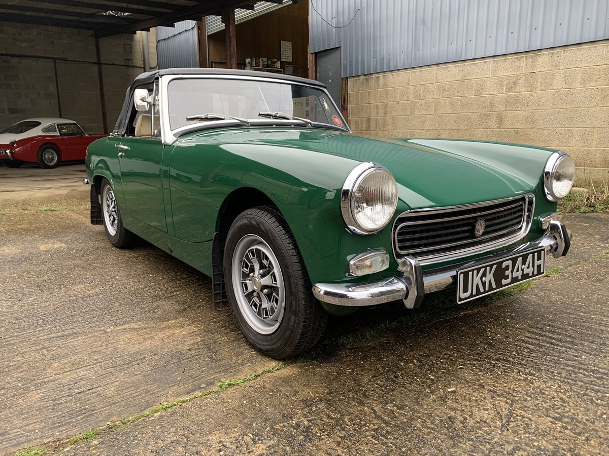 1970/H MG Midget MKIII Stunning car in BRG. For Sale (picture 1 of 6)