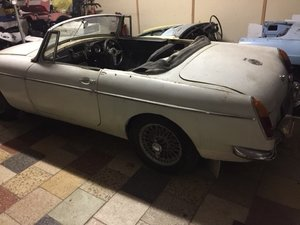 Lot 19 - A 1965 MG B roadster project - 09/2/2020 For Sale by Auction