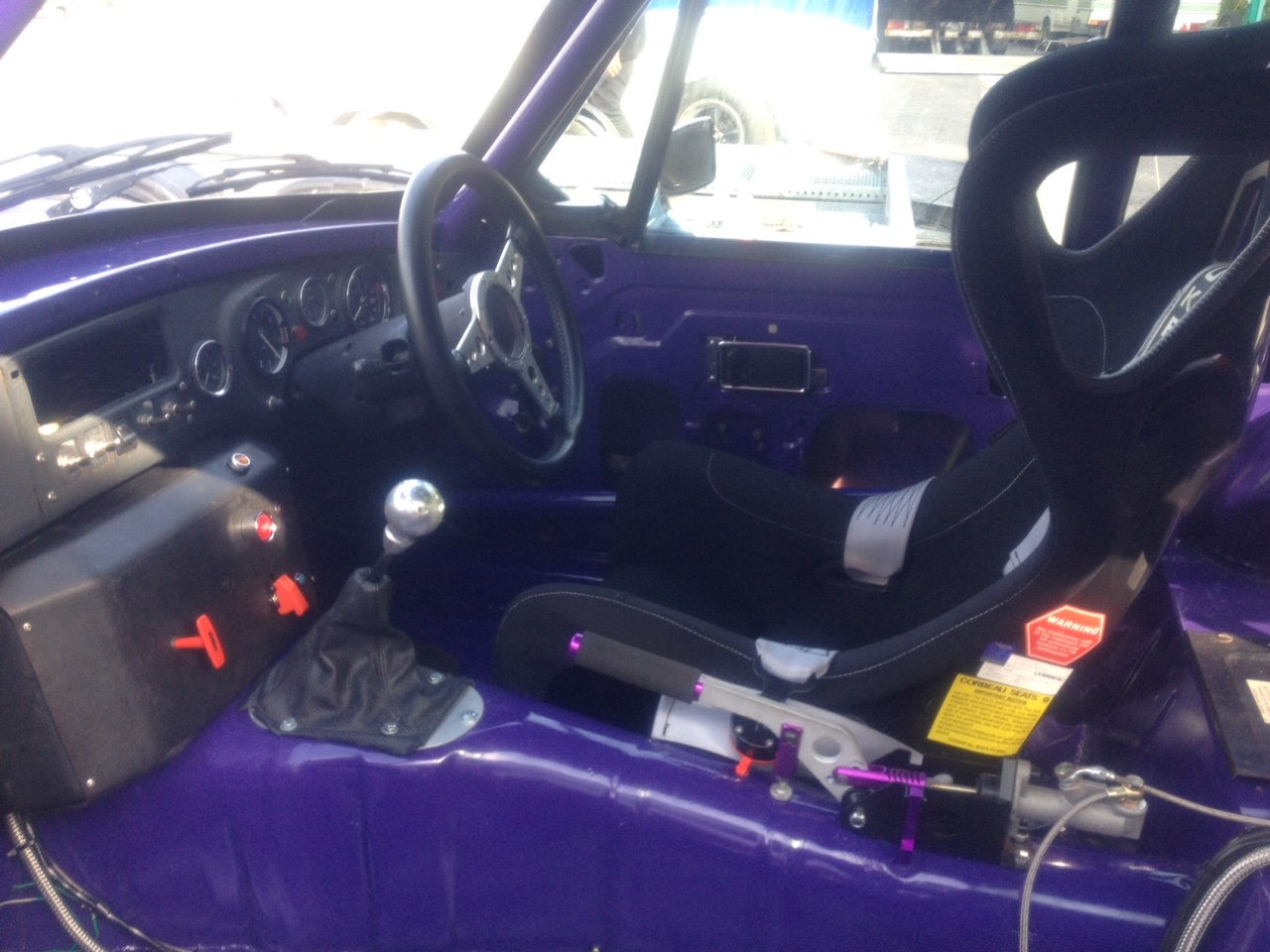 1979 MGB GT V8 Race Car For Sale (picture 3 of 6)