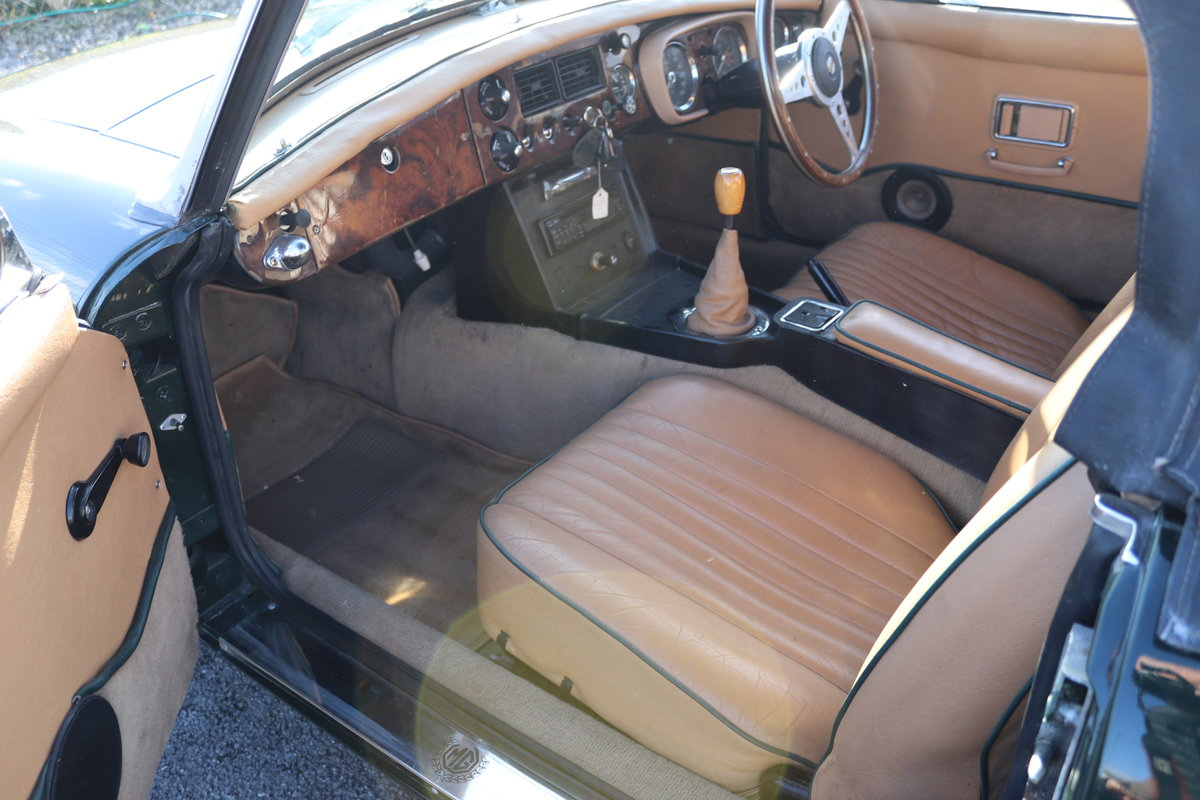 1972 MGB HERITAGE SHELL IN BRG,  For Sale (picture 3 of 6)