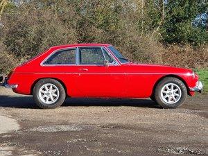 MG B GT, 1972, Stunning Rosso Red