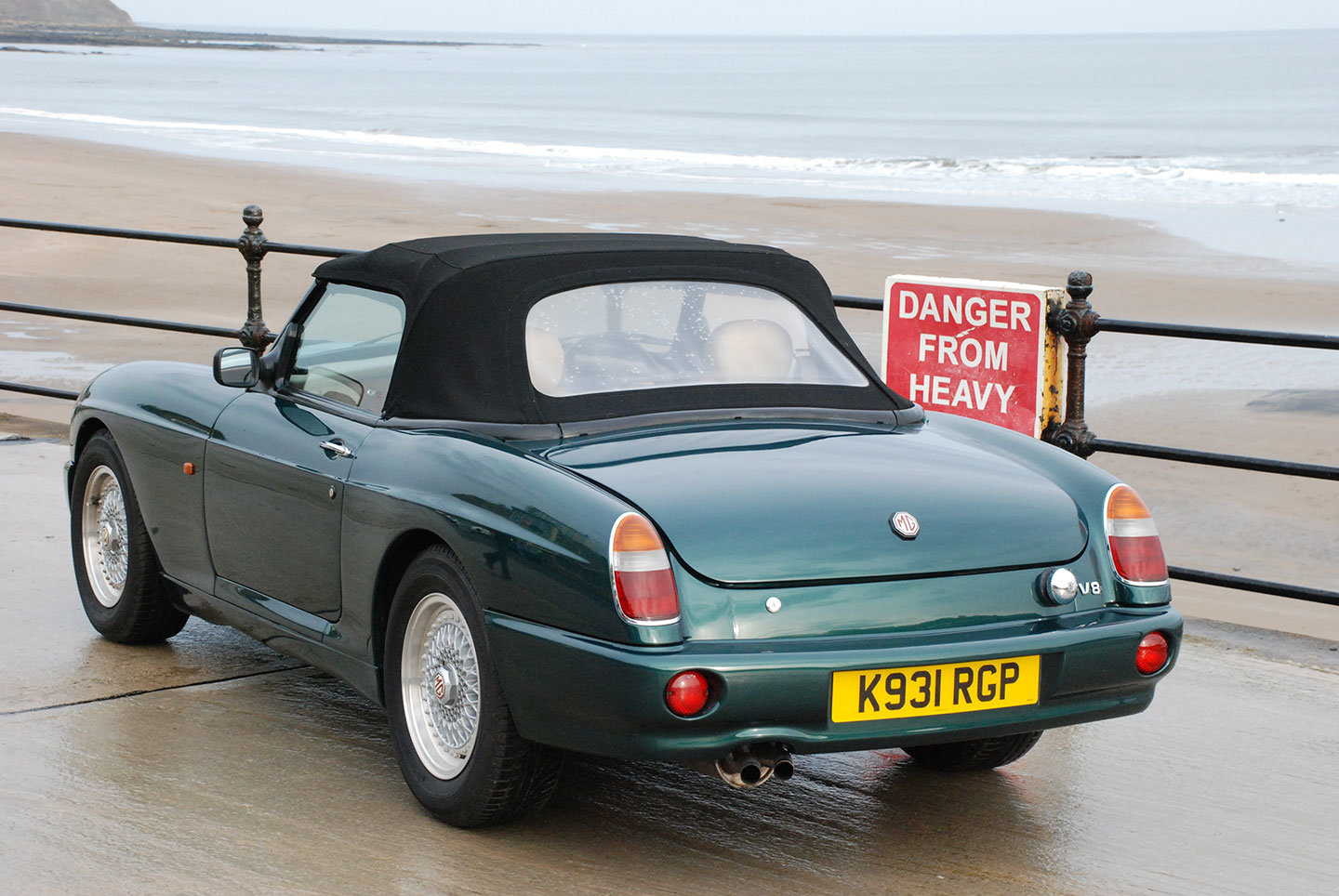 MG RV8 1993. One of only 330 original UK supplied cars SOLD (picture 5 of 10)