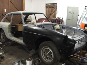 1971 MGB GT project ,new Heritage panels ,ready for paint