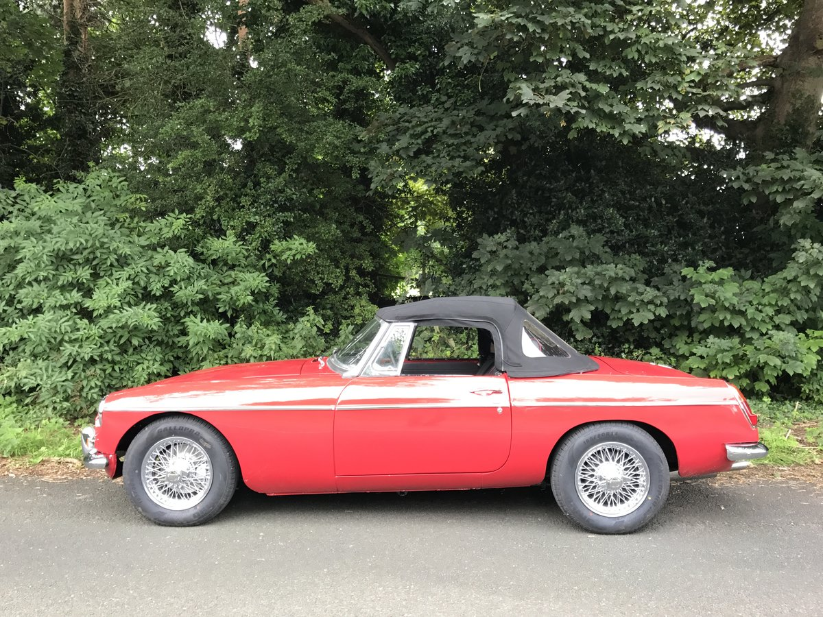 1973 MGB Roadster full rebuild  For Sale (picture 4 of 6)