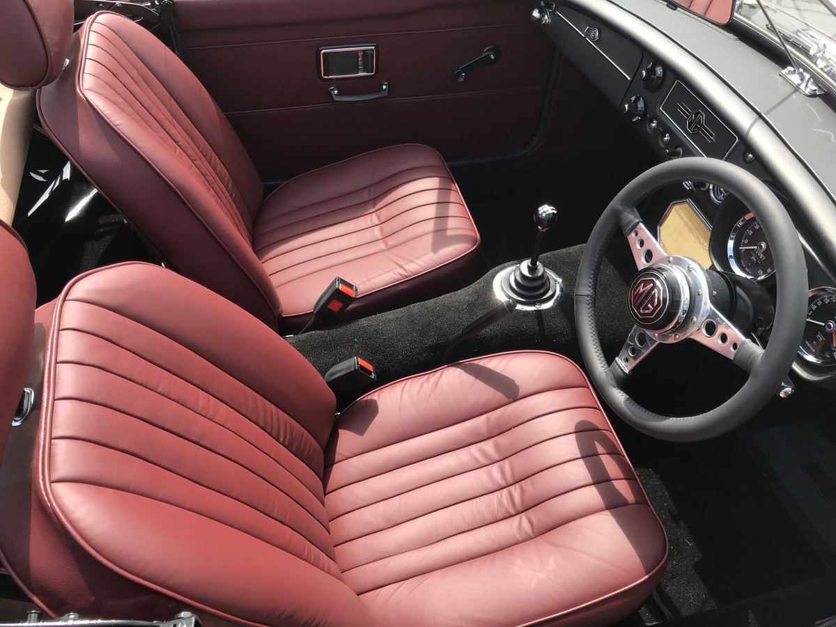 1973 MGB Roadster full rebuild  For Sale (picture 5 of 6)