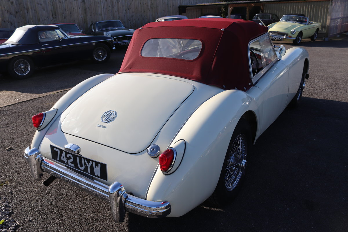 1957 MGA Roadster, full Restoration 2019, 5 speed For Sale (picture 2 of 6)