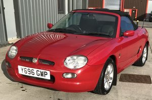 2001 Lovely red MGF