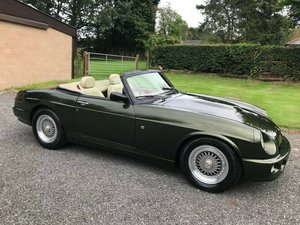 Picture of 1994 MG RV8 3.9 V8 WOODCOTE GREEN JUST 25K SIMPLY STUNNING!! SOLD