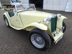 1947 MG TC Sequoia Cream with Green leather interior