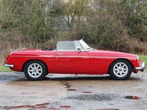 MG B Roadster, 1971, Tartan Red For Sale