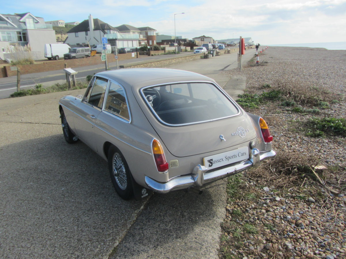 1969 MGB GT SERIES ! SUSSEX SOLD (picture 4 of 6)