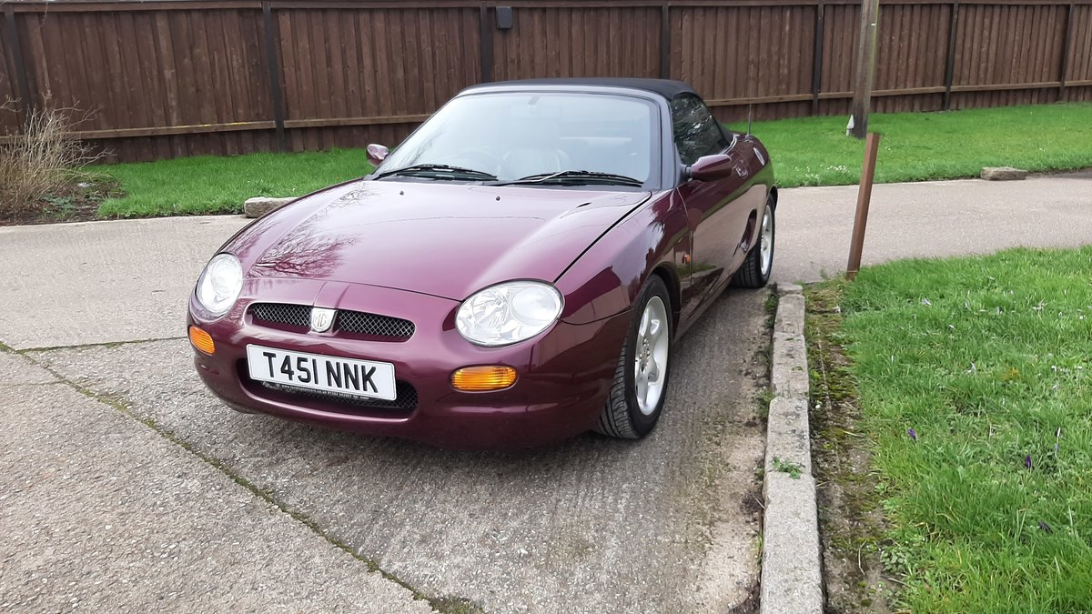 1999 MGF 1.8, Rare Morello Red ,Low mileage. For Sale (picture 1 of 5)