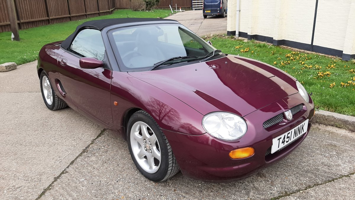 1999 MGF 1.8, Rare Morello Red ,Low mileage. For Sale (picture 2 of 5)