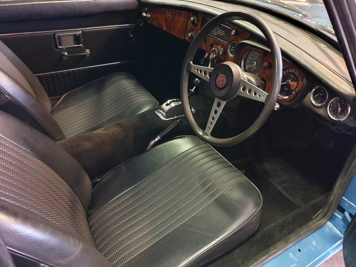 MG B GT, 1970, Riviera Blue, Automatic For Sale (picture 5 of 6)