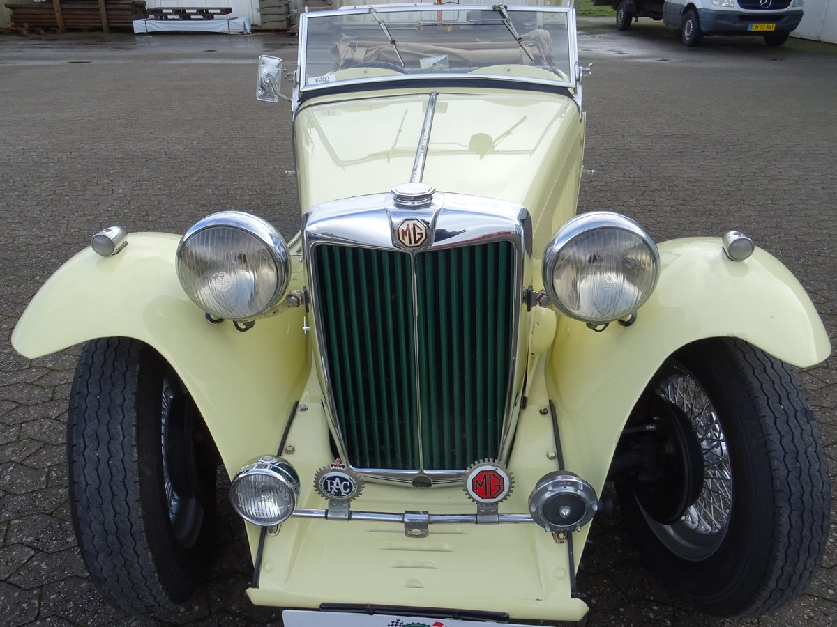 1947 MG TC Sequoia Cream with Green leather interior For Sale (picture 4 of 24)