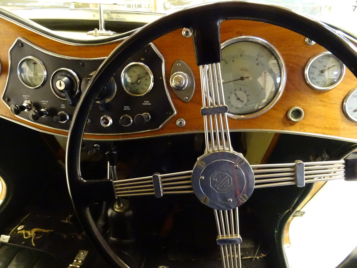 1947 MG TC Sequoia Cream with Green leather interior For Sale (picture 19 of 24)