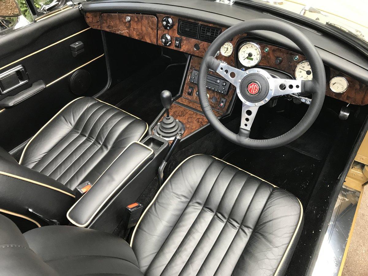 1972 MGB Roadster 3.5 V8 rebuilt on new bodyshell For Sale (picture 6 of 6)