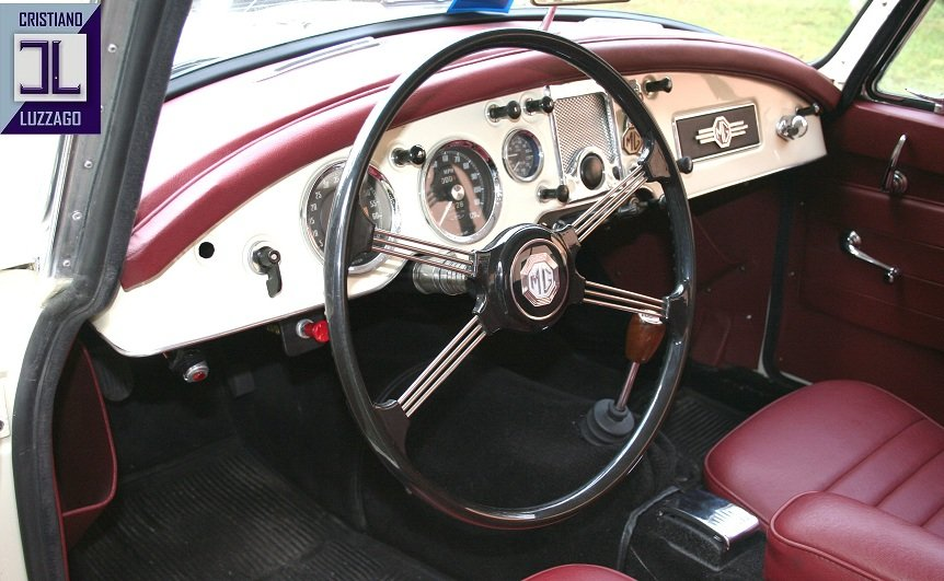 1957 MG A 1500 COUPE' TOTALLY RESTORED For Sale (picture 4 of 6)