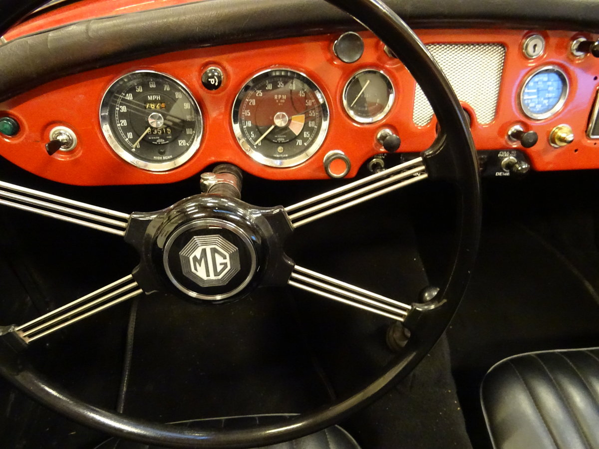 1960 MG MGA 1600 Roadster – fully restored For Sale (picture 9 of 24)