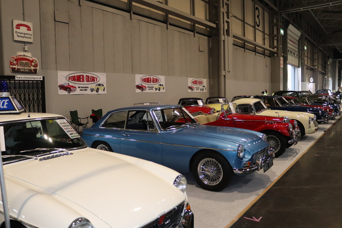 1971 THE LARGEST SELECTION OF CLASSIC MGs in the UK For Sale (picture 2 of 6)