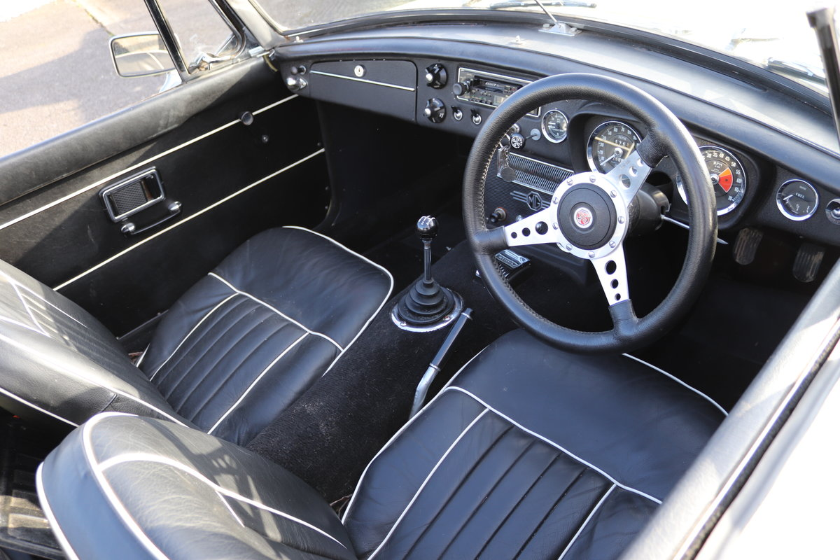 1969 MGC Roadster, bare shell rebuild, UK Car For Sale (picture 2 of 6)