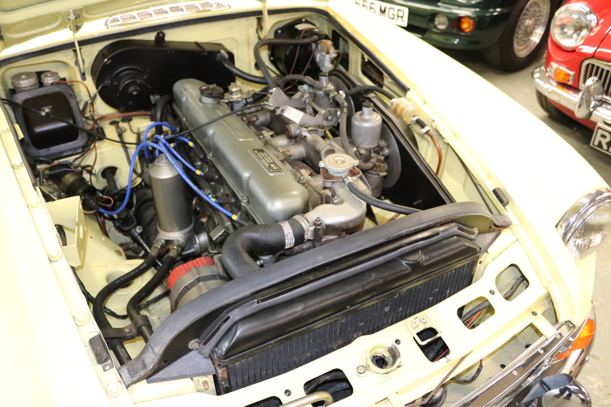1969 MGC Roadster, bare shell rebuild, UK Car For Sale (picture 4 of 6)