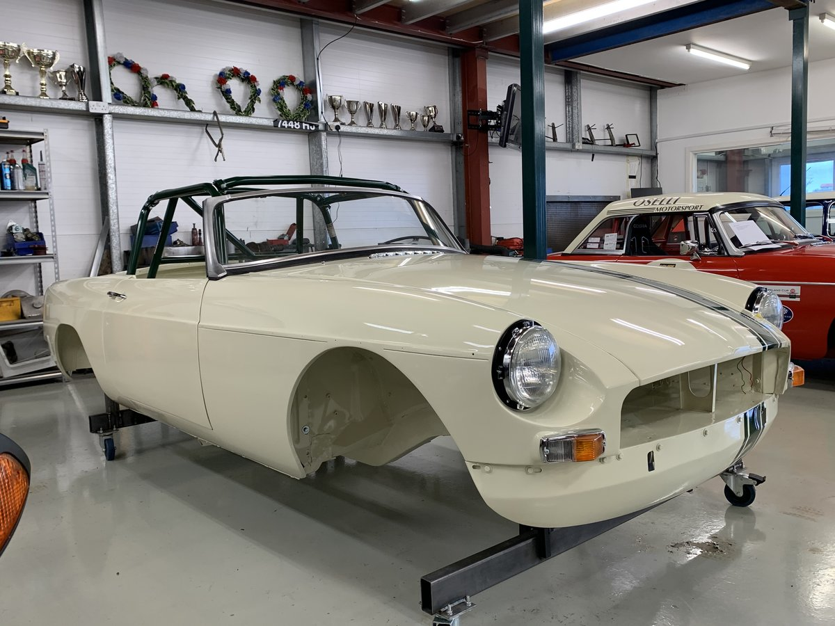 1964 MGB Roadster built to FIA spec  For Sale (picture 1 of 6)
