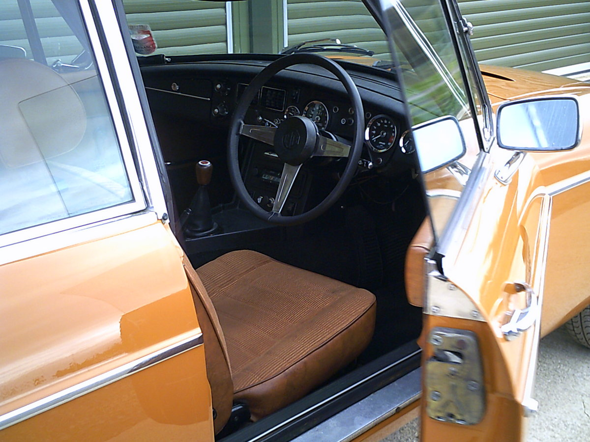 1975 MGB GT V8 ORIGINAL FACTORY CAR, investment quality For Sale (picture 4 of 6)