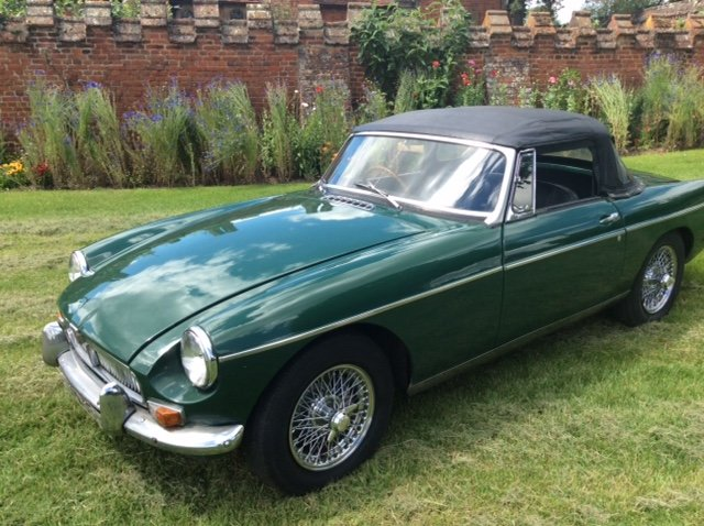 1966 Stunning Mk1 MGB Roadster Low Mileage For Sale (picture 2 of 5)