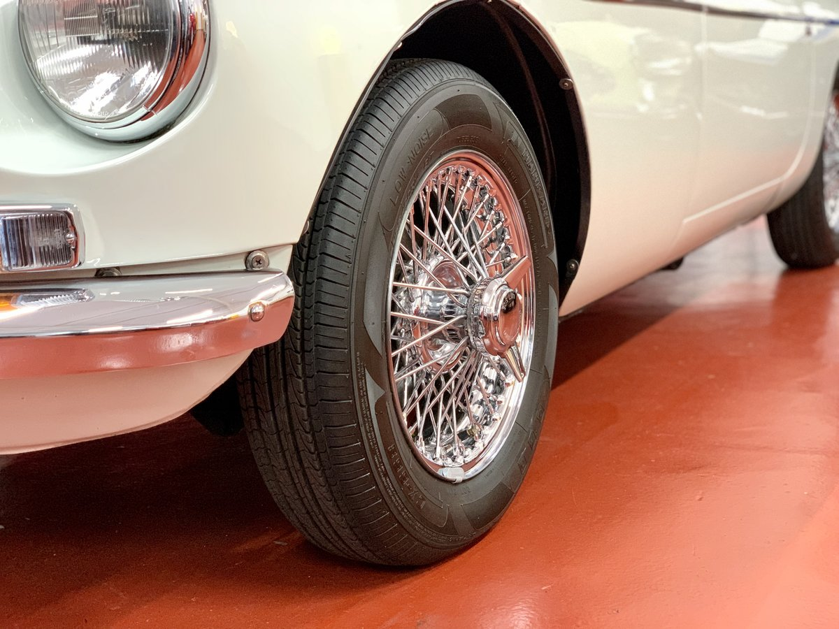 1974 MGB Roadster / NOW SOLD SIMILAR STANDARD CLASSICS REQUIRED SOLD (picture 6 of 6)