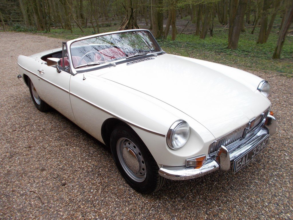 MGB Roadster 1965 Rebuilt on Heritage Shell  SOLD (picture 1 of 6)